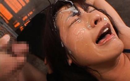 Nao Ayukawa Hot Asian model in bukkake action