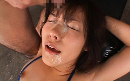 Nao Ayukawa Hot Asian model in bukkake action