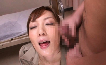 Kaede Fuyutsuki is a hot Asian nurse