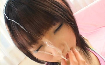 Wild babe Mari Fujisawa gets treated to sublime facial cumshot