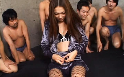 Asami Ogawa Asian babe gets bukkake