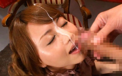 Akiho Yoshizawa´s Face Is Cum Covered After A BJ