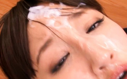 It´s all about the cum - jizz addicted Rola Aoyama takes a bukkake