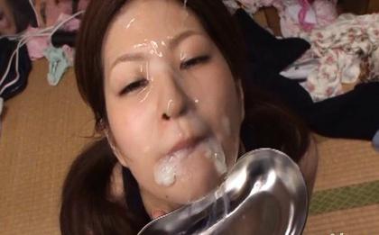 Huge facial bukkake with pretty face Ichika Kuroki
