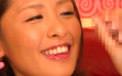 Double Facial Splashes On Yuuki Natsume´s Face After A Blowjob