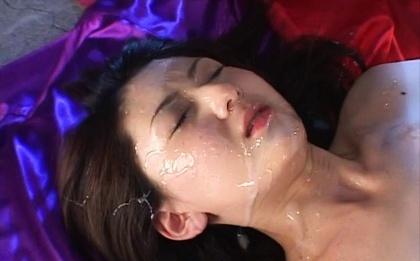Juicy hottie with bubble ass Hikari Sawami gets massive facial load