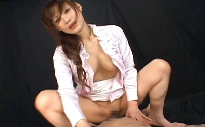 Natsu Ando Hot Asian office babe gets bukkake gokkun