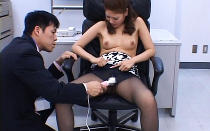 Aya Matsuki Hot Asian doll enjoys a cum facial