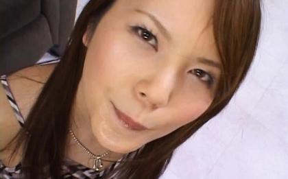 Hirari Hanakawa Naughty Asian girl is sexy