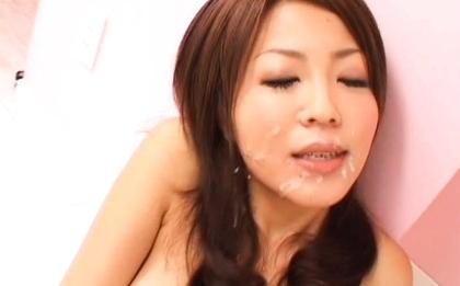 Saki Kozakura Japanese chick gets a hot facial
