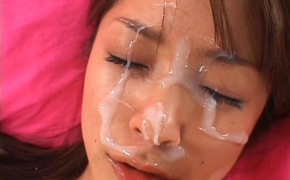 One Mihiro Lovely Asian chick gets a facial