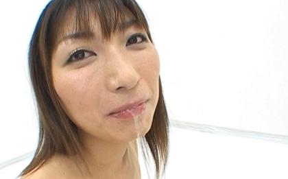 Haruka Mitsuki Cute Asian doll is in hot bukkake