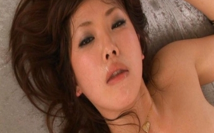 Mint Suzuki is an amazing Asian babe
